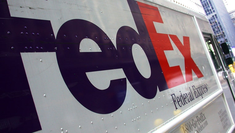 fedex-truck_1485098241809.jpg