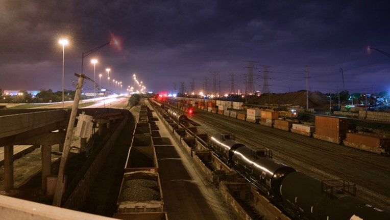 1bad6600-Chicago-railyard_1489152023339.jpg