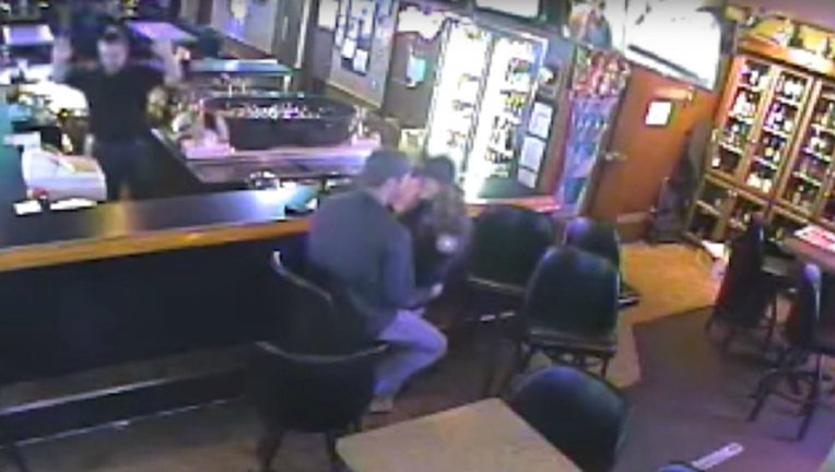 1eec0e80-make-out-robbery_1460566493496.JPG