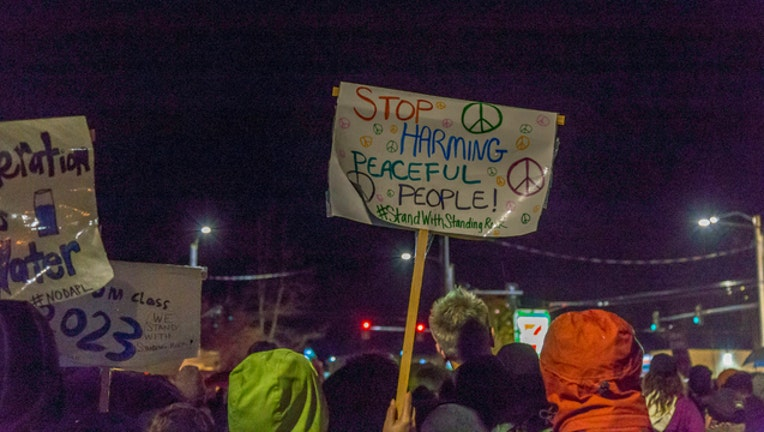 23a723c3-nodapl-pipeline-protest_1479739126865.jpg