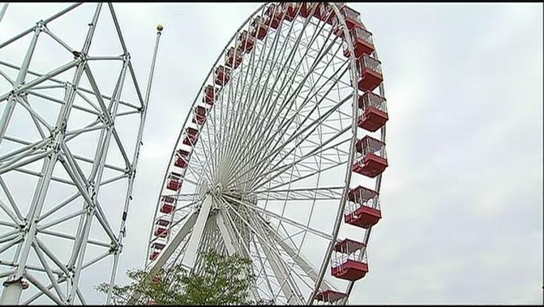 Navy_Pier_Ferris_wheel_takes_its_final_s_0_20150928124117