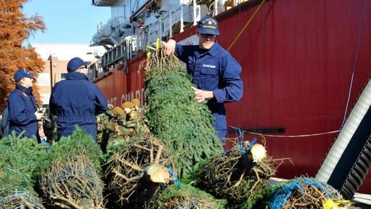 2c587449-Coast Guard Christmas Tree Ship