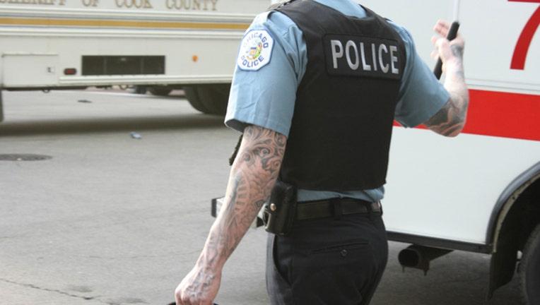 2c60238f-chicago-officer_1463515049431.jpg
