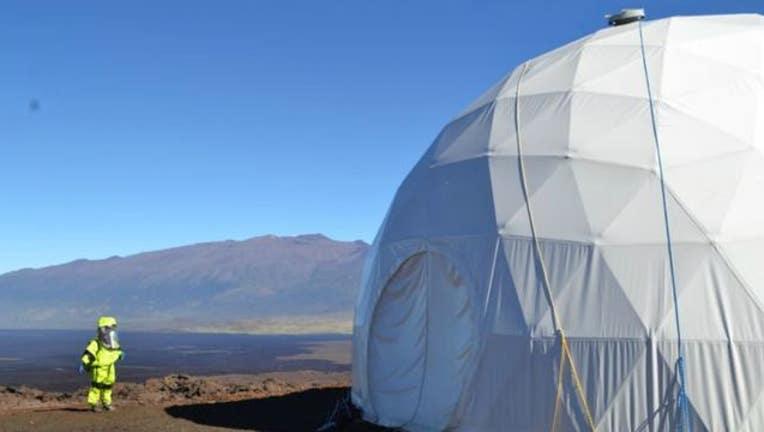 31b0b5fa-Mars Hi-SEAS research team