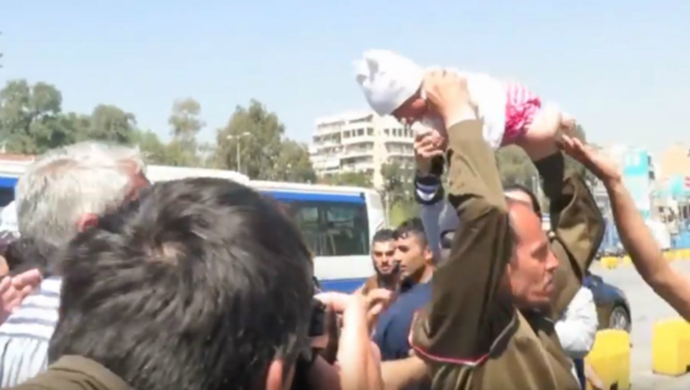 refugee-baby11_1460052111094.png