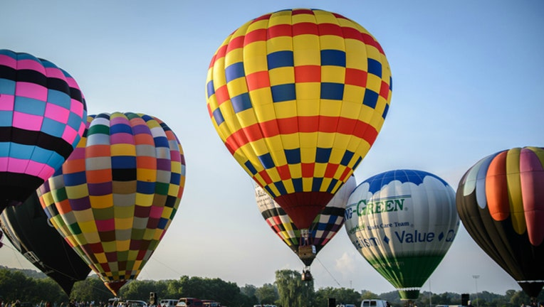 380d378a-Lisle Eyes to the Skies Balloon Festival photo by Bob Haarmans via Flickr