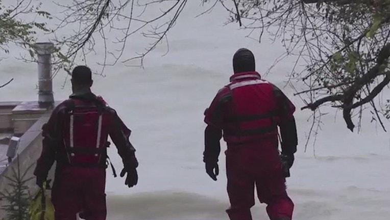 4083efcd-body-recovered-lake-michigan_1542030352396.jpg
