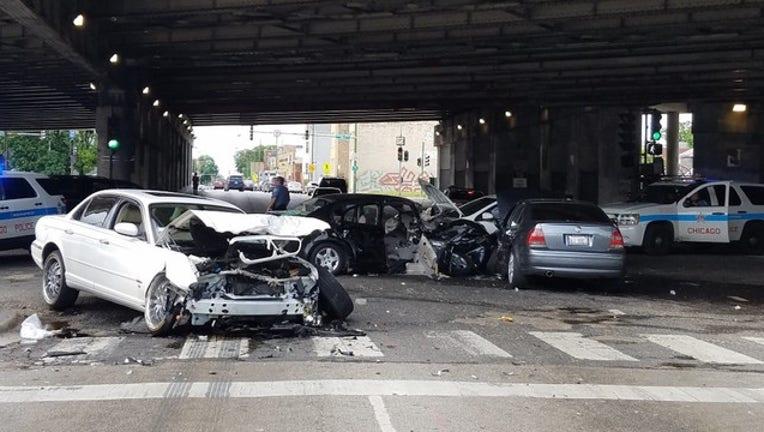 466bb3fe-3200-belmont-crash_1465143448286.jpg