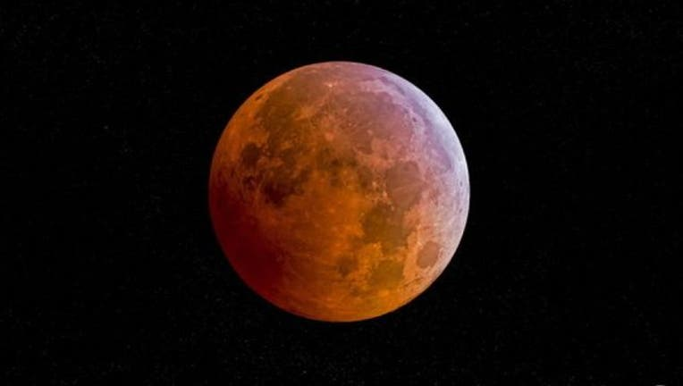 47eb3aed-blood-moon-palau-san-diego_1443281763814.jpg