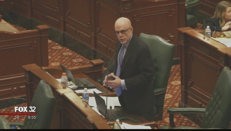 Illinois_lawmakers_work_on_a__600M_lifel_0_20160422031745