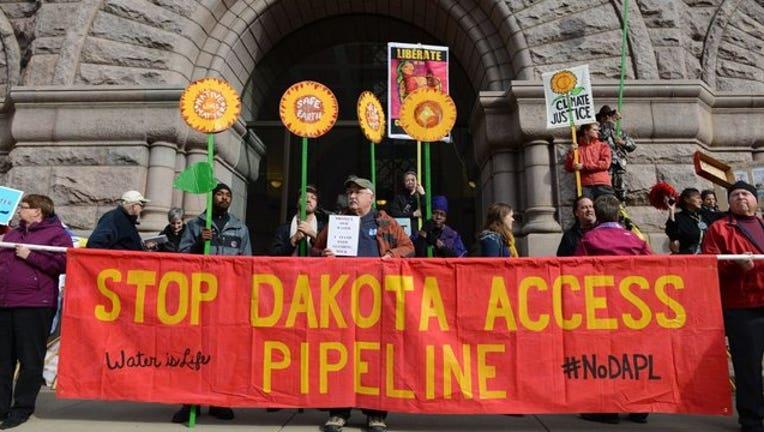 dakota-access-oil-pipeline_1479321696639.jpg
