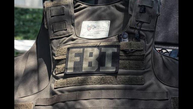 4f9e3e72-FBI-vest