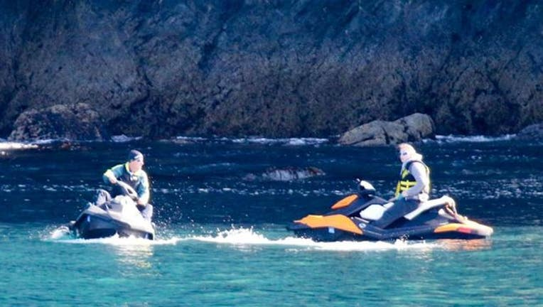 529fd2a6-Jet skiers accused of harrassing whales in Alaska