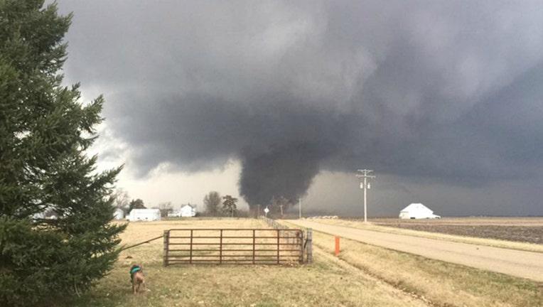 534bf03e-tornado45_1488327100030.jpg