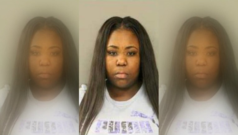 53954cc2-Lovea Moore is suspected of stealing thousands of dollars worth of teeth whitener
