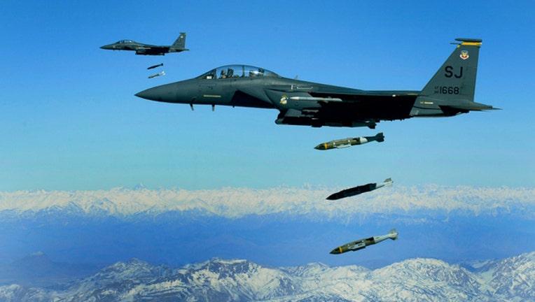 54b7b3e8-airstrikes-us-army_1486381529666.jpg