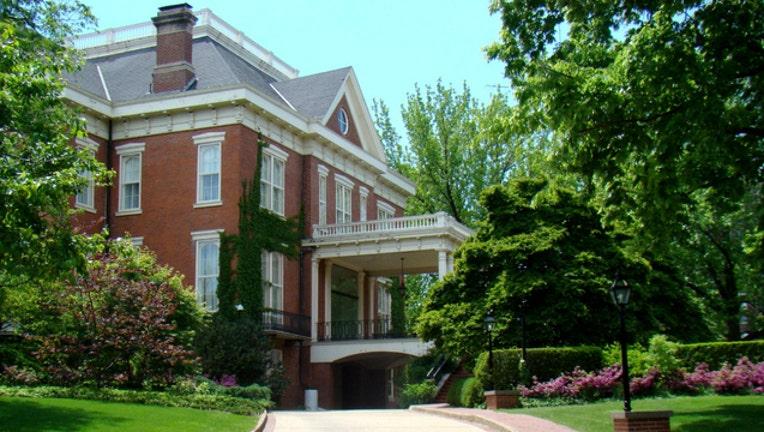 governor mansion_1474578553860.jpg