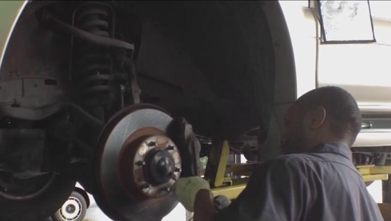 5c166959-mechanics-strike-car-shop_1501586922101.png