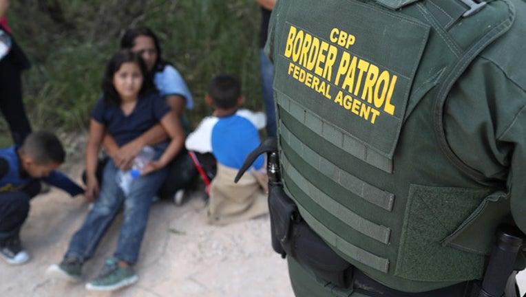 5f405080-GETTY immigration children_1529179501319.jpg-407693.jpg
