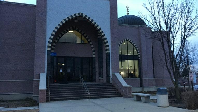 65310ce6-mosque_1487292689169.jpg