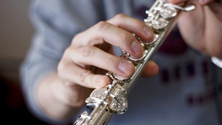 65d0d60a-flute_1506799067272.jpg