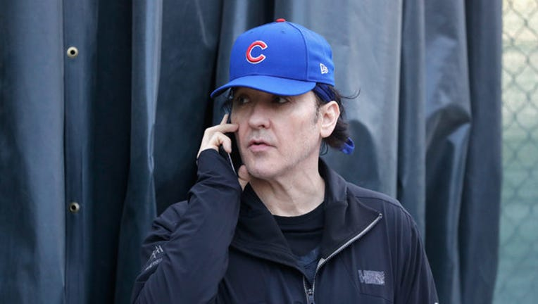 6a15686c-GETTY-john-cusack-cubs_1558622573667.jpg