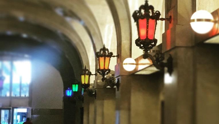 6a7bcea5-city-hall-rainbow-lights_1466005161745.jpg