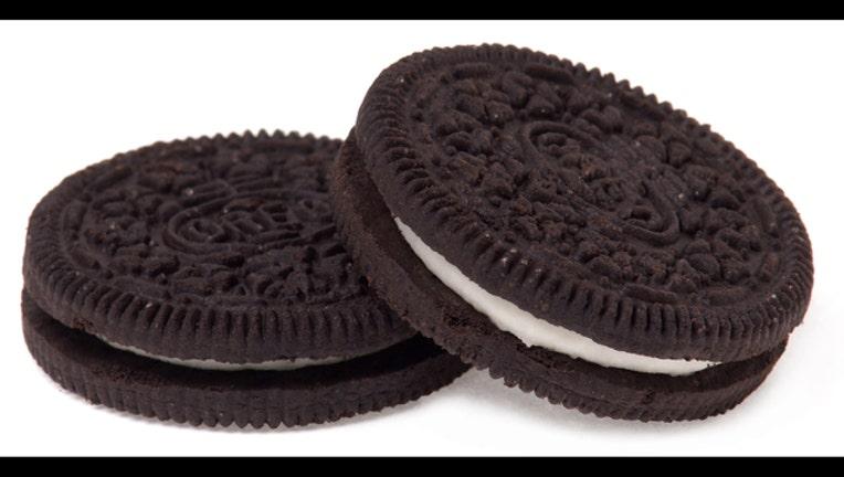 Oreo-Two-Cookies_1467319615401.jpg
