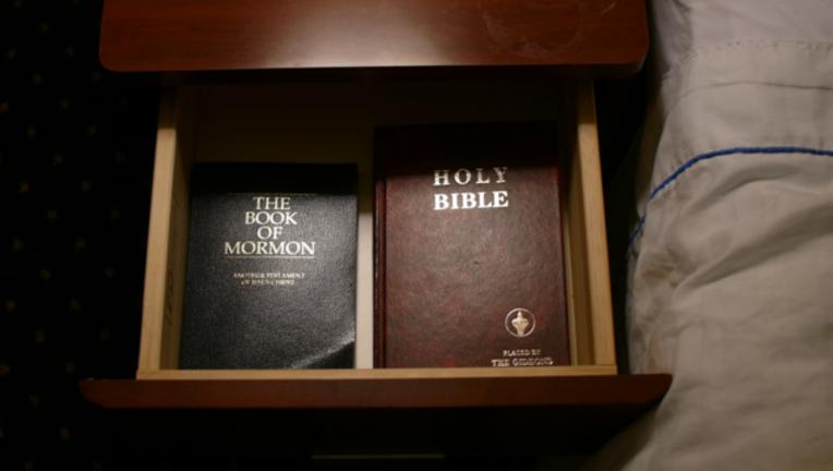 6e0932d2-bible-hotel_1480970741323.png