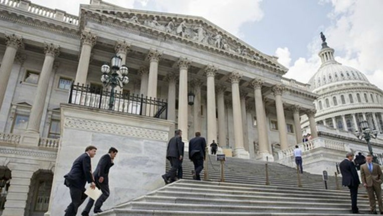 lawmakers-capitol-hill_1457249964773_942321_ver1.0_1459191961840.jpg