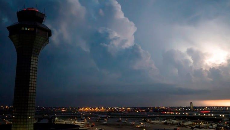 ohare-airport_1474493409529.jpg