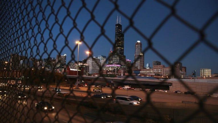 GETTY-chicago-skyline_1510673816158.jpg