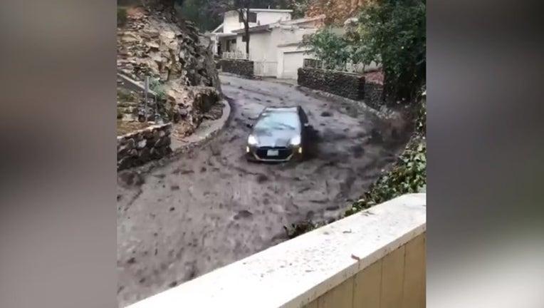 8511adaf-Burbank fire car mudslide_1515697629624.PNG-407068.jpg