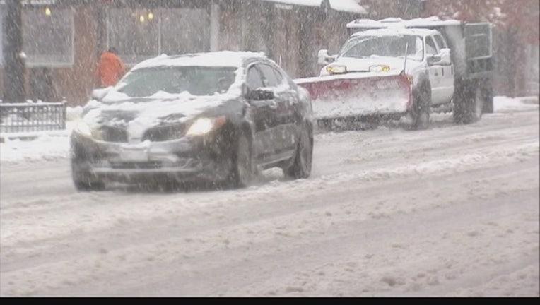 Record_snow_gives_way_to_frigid_temperat_0_20151122044956