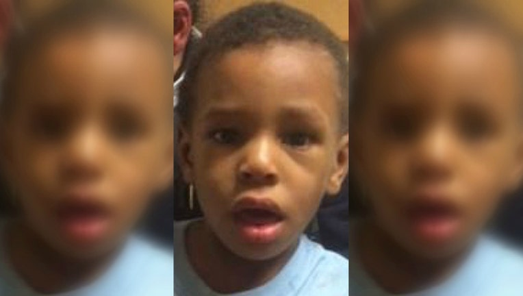8ec810e7-Chicago police say this boy was found alone at Douglas and Homan on Nov 27 2016
