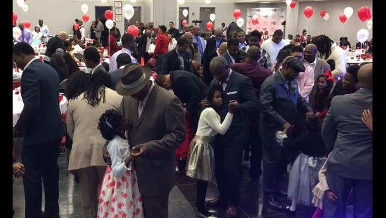 Father Daughter Dance in Bronzeville sponsored by the Black Star Project (video courtesy Fresco News Demond Miller)