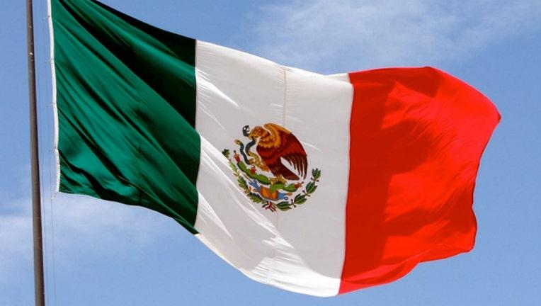 mexican flag_1498171505605.jpg