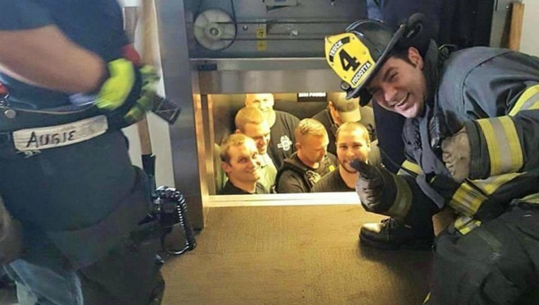 a02d56ba-firefighters-police_1461937838406.jpg