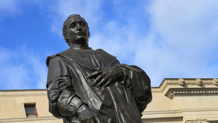 a11e9b17-Christopher Columbus statue in Columbus, Ohio, courtesy of Sam Howzit via Flickr