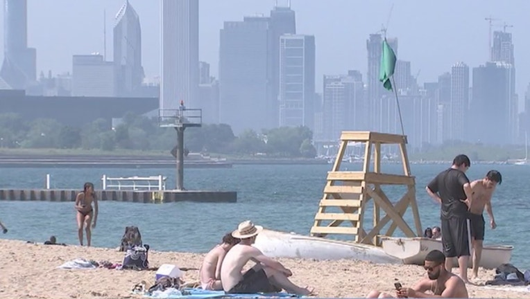 a169b16c-heat-wave-hot-chicago_1530273365898.jpg