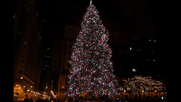 ad28a8f3-chicago-christmas-tree.jpg