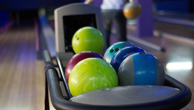 b32158ad-bowling-alley_1483887623827.jpg