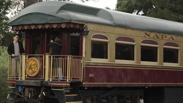 b6130c49-Wine-train