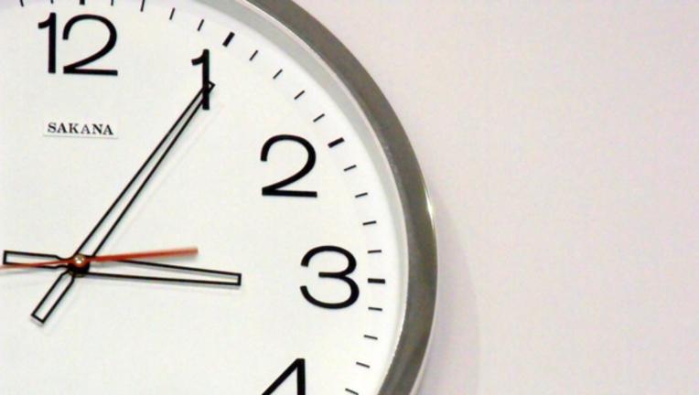 c5db2ddf-clock-generic_1483551639504.png