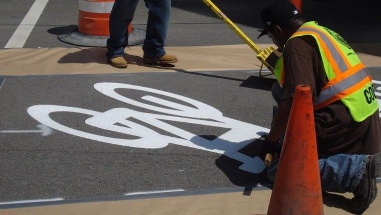 c74e62b6-bike-lane_1444494360178.jpg