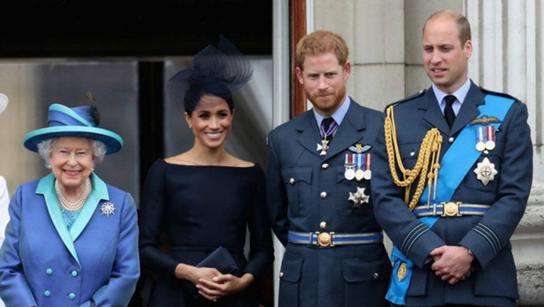 GETTY royal family queen elizabeth_1539118652868.jpg.jpg