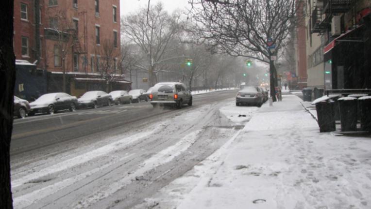 cfda4b80-snowy-sidewalk_1487597300965.png