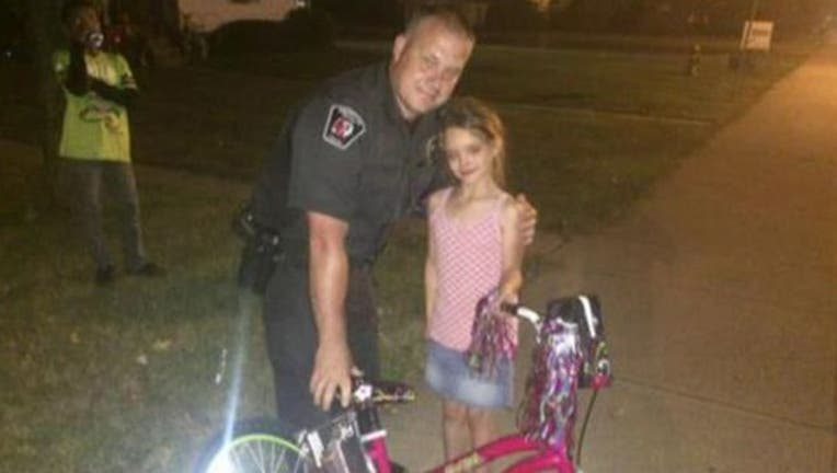 d24e1dcc-officer-bike