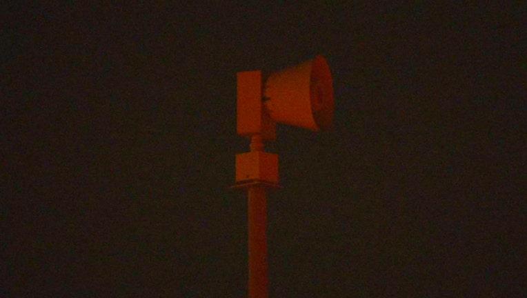 df68c3f8-Tornado siren