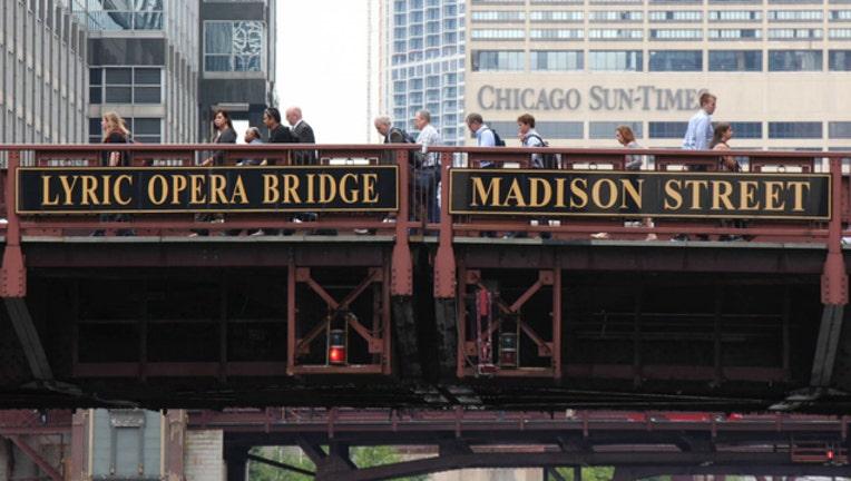 madison street bridge_1553113222991.jpg.jpg